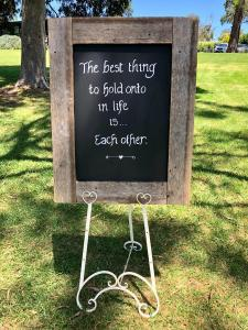 blackboard-wedding-sign