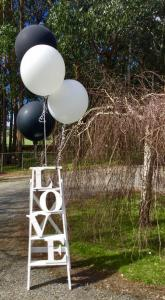 outdoor-wedding-decor